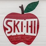 Ski-Hi Apple Orchard As Presented By Meadowbrook Resort & Dells Packages In Wisconsin Dells